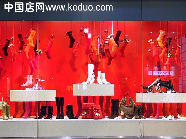 鞋店橱窗装修设计效果图