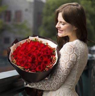 五月鲜花市场复苏